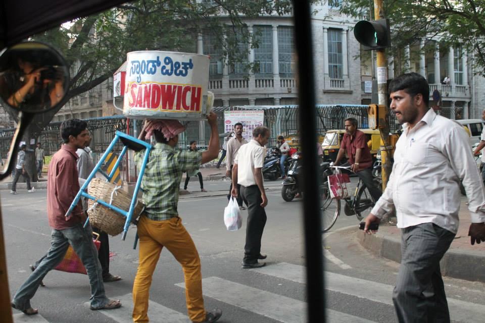 strada caos india