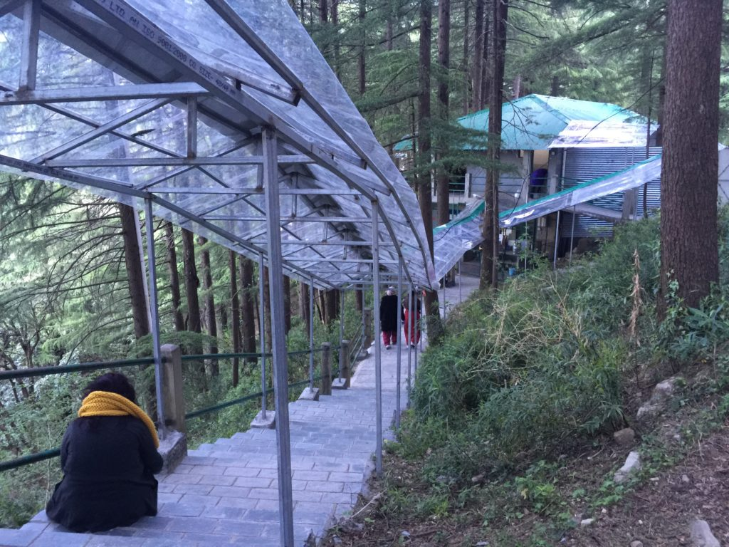 ingresso centro meditazione Vipassana