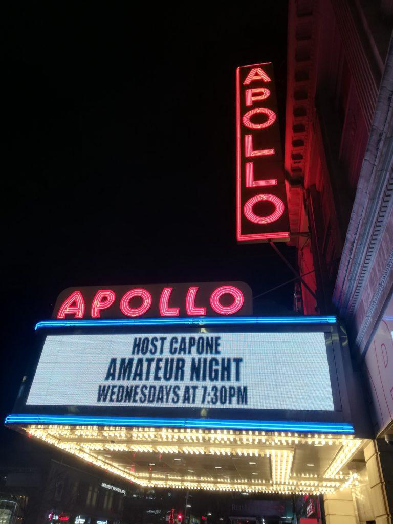 Teatro Apollo di sera