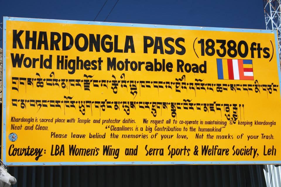 cartellone passo di Khardung La