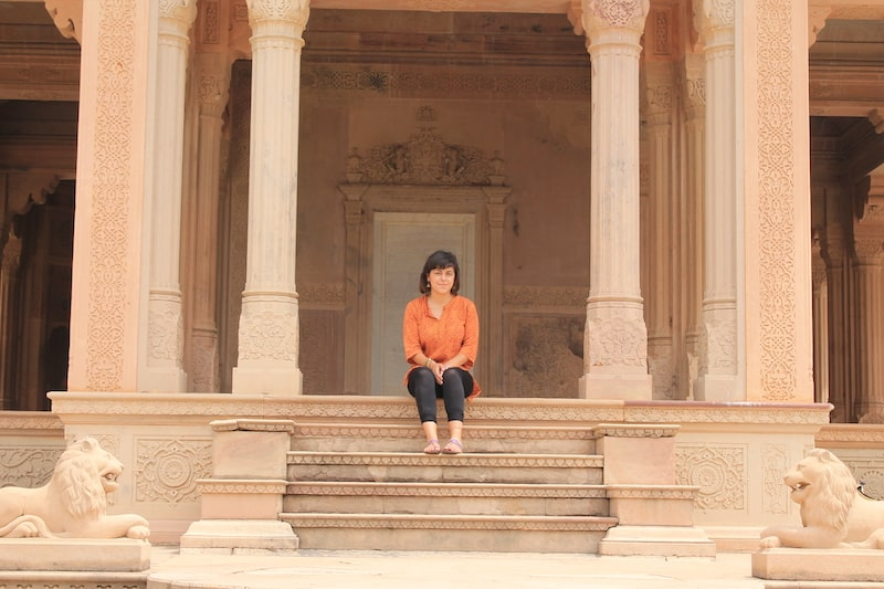 tempio hindu ragazza